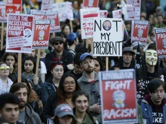 Val de proteste in SUA dupa victoria lui Donald Trump.  Nu este presedintele nostru