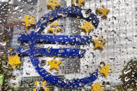 Analiză Markit: Cădere fără precedent a industriei în zona euro, ca urmare a măsurilor de izolare adoptate la nivel global. FMI: O recesiune profundă în Europa este inevitabilă