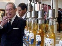 Miliardarul care a detinut marca de bere Corona i-a facut milionari pe toti locuitorii din satul spaniol in care s-a nascut
