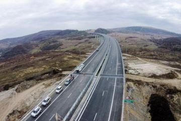 Un sector din Autostrada București- Brașov, terminat cu 10 luni mai devreme, însă nu ajută dacă vreți să ajungeți mai repede la munte
