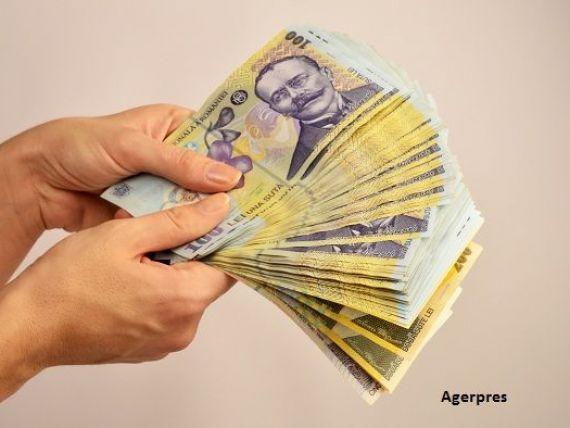 Angajații români, din ce în ce mai scumpi. Cât plătesc în plus angajatorii pentru salarii