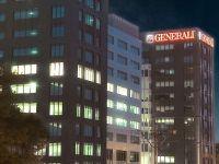 Reuters: Intesa Sanpaolo ar putea prelua o participatie majoritara la Generali, al treilea cel mai mare asigurator european, prezent si in Romania