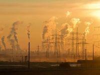Furnizorii de energie: Nicio ţară din UE nu a revenit la preţurile reglementate, după liberalizarea pieţei, atât de brusc şi fără niciun fel de consultare cu specialiştii