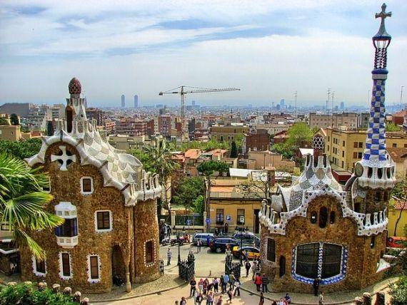 Terorismul a redesenat harta turismului. Spania a incheiat anul cu o cifra record de turisti straini, in timp ce Turcia aduna pierderi de 30% in acest sector