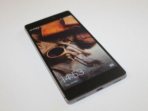 Huawei a depăşit Apple, devenind al doilea producător de smartphone-uri din lume, după Samsung