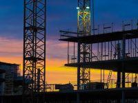 Lucrările în construcții s-au contractat anul trecut, după ce construcția de clădiri rezidențiale s-a prăbușit cu 30%