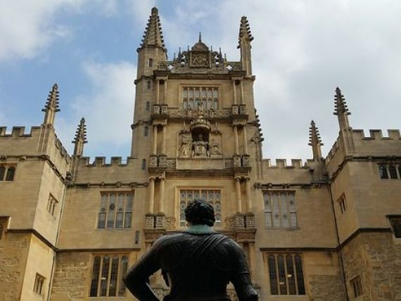 Universitatea Oxford vrea sa infiinteze un campus in Franta, rupand astfel o traditie de 700 de ani. Brexitul ar putea duce la  cel mai mare dezastru , daca educatia pierde fondurile UE