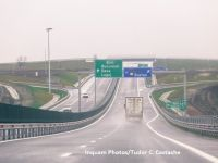 CNAIR a inaugurat 21 km de autostradă, dar cu restricții de viteză și de tonaj. Guvernarea PSD reziliase contractul