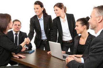 Multinaționalele angajează detectivi particulari pentru a-și verifica viitorii angajați. Ce le interesează din viața privată a acestora