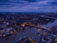 Avuţia naţională netă a Marii Britanii a atins un nivel record de 9.800 mld. lire în 2016. Cum s-a îmbogățit Regatul