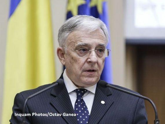 Isărescu:  Nu ne-a trecut prin cap să jucăm aurul la păcănele.  Ce rezervă de aur are România și de ce o ține în străinătate