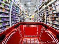 """Legea care obliga retailerii sa vanda 51% produse romanesti, modificata dupa cerintele CE. Supermarketurile trebuie sa incheie """"parteneriate directe"""" cu producatorii autohtoni"""