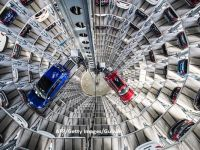 Surpriză în cazul fabricii Volkswagen din estul Europei. Premierul care va discuta direct cu Angela Merkel pentru a atrage investiția