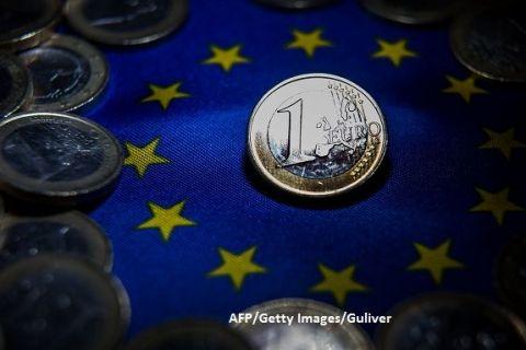 Reuters: Bulgaria şi Croaţia ar putea intra în acest an în anticamera zonei euro. Când vor adopta moneda unică