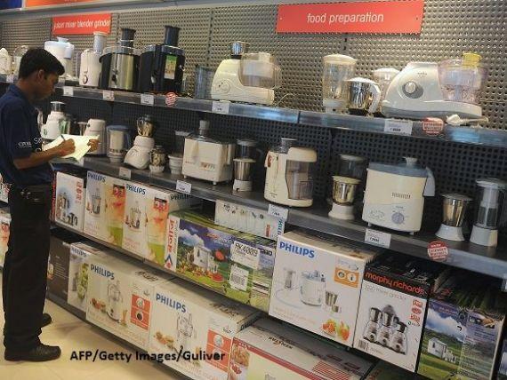 Românii au cumpărat electronice și electrocasnice de 1,2 mld. euro, în prima jumătate a anului. Telefoanele inteligente și aspiratoarele, între cele mai vândute