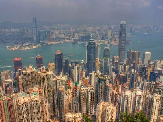 China devine noua problema mondiala. Moody rsquo;s a retrogradat pentru prima data dupa trei decenii tara in care bancile tranzactioneaza la negru 9.400 mld. dolari