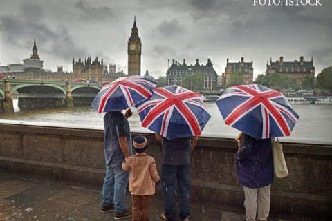 Ce se întâmplă cu cetăţenii UE care nu au cerut statut de rezident în Regat, după Brexit. În noiembrie, Londra ameninţase cu expulzarea