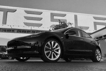 Șapte bombe găsite lângă Berlin, pe locul unde va fi ridicată prima fabrică Tesla din Europa