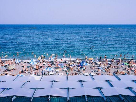 Aproape un sfert dintre cetățenii UE nu și-au permis o vacanță în 2018. Cei mai mulți, din România, Croația, Grecia și Cipru
