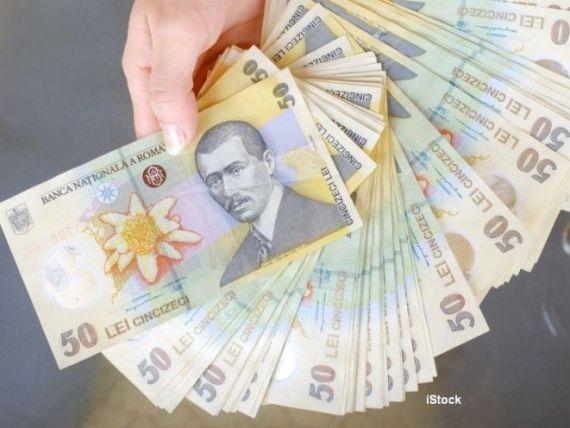 Persoanele care au obținut venituri extra-salariale peste 22.800 lei, în 2017, trebuie să depună la ANAF Declaraţia 600, până la 31 ianuarie
