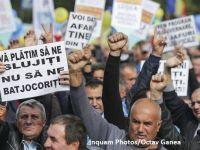 Sindicaliștii protestează în Piața Victoriei, atrăgând atenția asupra efectelor negative generate de transferul contribuţiilor