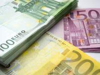 Euro scade sub 4,65 lei la BNR, după recordul istoric atins marți