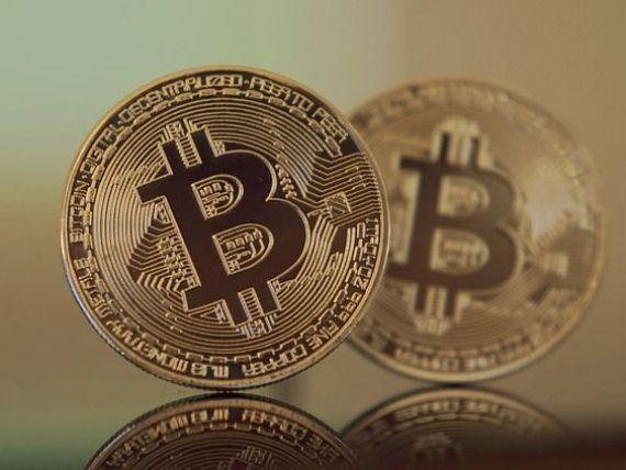 Bitcoin se prăbușește. Moneda virtuală a pierdut 73% faţă de nivelul record de anul trecut