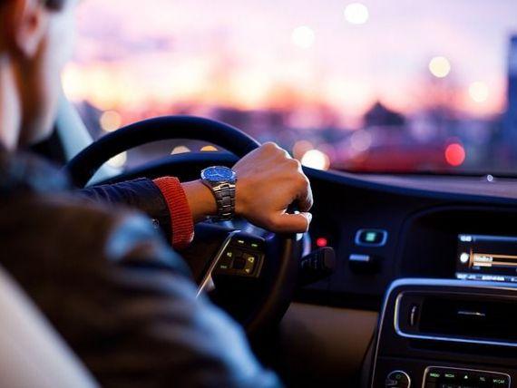 Românii au înmatriculat peste 100.000 de mașini noi și de peste trei ori mai multe second-hand, la 9 luni. Ce mărci au prefarat