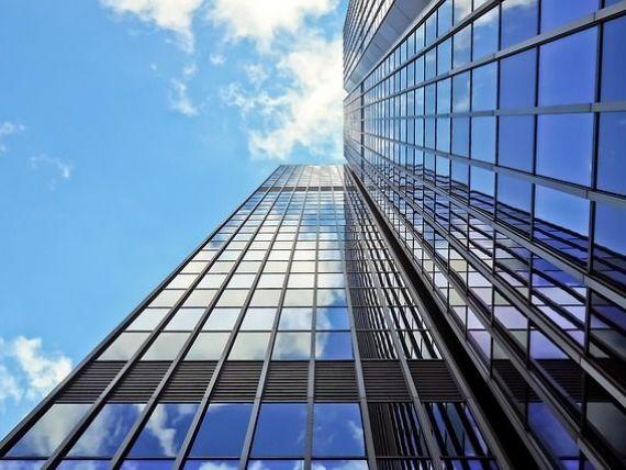 Colliers: Investitorii sunt interesați de proiecte imobiliare noi, chiar și în contextul COVID-19, dar se aşteaptă la o înăsprire a condiţiilor de finanţare