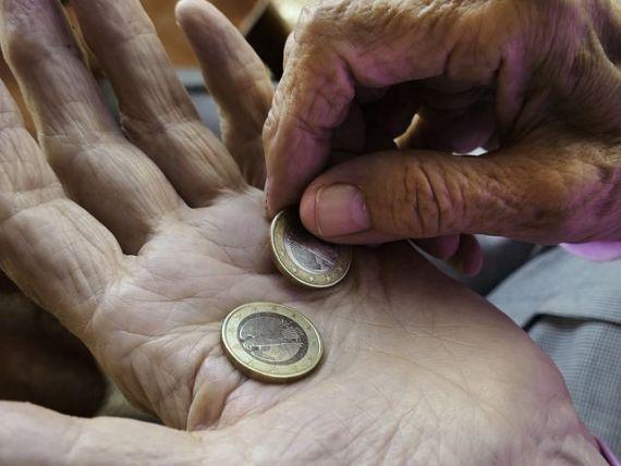 Cel mai mare decalaj între săraci și bogați din UE se înregistrează în România. 10% dintre români trăiesc cu 3,25 euro pe zi sau mai puțin