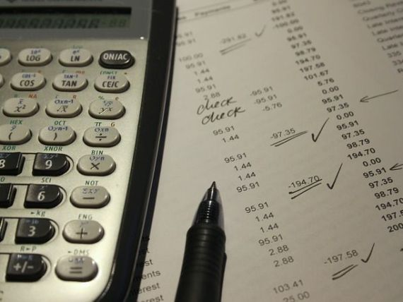 Meyer (FP): România îşi face rău sieşi prin recent introdusa taxă pe activele bancare. Cetăţenii vor fi cei care vor achita în final  nota de plată