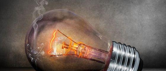 România importa cantităţi semnificative de energie electrică, marți dimineață