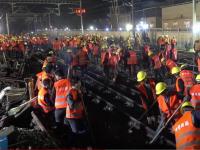 Peste 1.500 de muncitori au construit o linie de cale ferată în mai puțin de 9 ore, în China