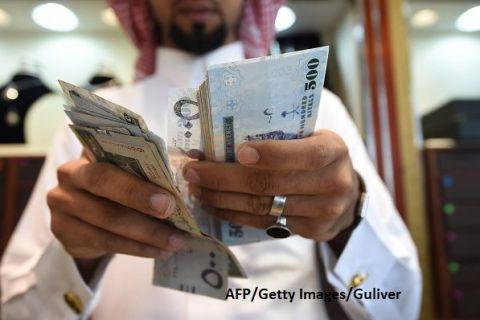 Arabia Saudită profită de pandemie ca să  cumpere lumea . Statul suplimentează rezervele Fondului suveran, pentru investiții la giganți americani și europeni