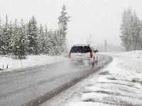Prima ninsoare a sezonului. Zonele în care scad temperaturile masiv