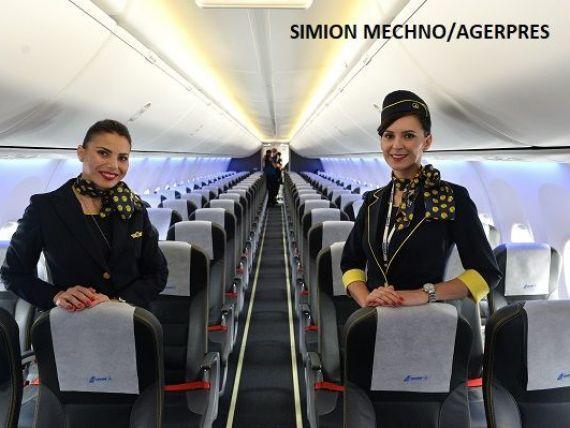 Tarom recrutează însoțitori de bord. Ce condiții trebuie să îndeplinească cei care vor să lucreze pe avioanele companiei naționale
