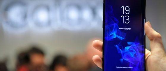 Cel mai mare producător de telefoane din lume se prăbușește. Anunțul făcut de gigantul asiatic