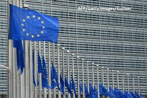 Trei pași pentru scoaterea Europei din criza pandemică. Propunerile Comisiei Europene pentru deschiderea frontierelor între statele UE și salvarea turismului