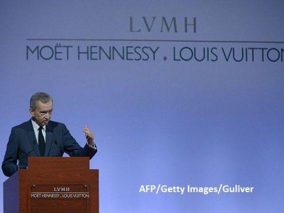 Vânzări de peste 10 mld. euro pentru LVMH, cel mai mare grup mondial de produse de lux. Arnault îl depășește pe fondatorul Zara și devine cel mai bogat european