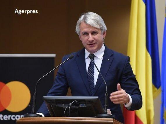 Teodorovici:  Ministerul Finanţelor va analiza şi va face o propunere referitoare la supraacciza pe carburanţi.  Ce spune ministrul despre taxarea autostrăzilor și un nou pod peste Dunăre