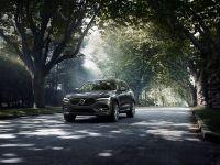 Volvo XC60, desemnată Mașina Anului la premiile Middle East Car of the Year