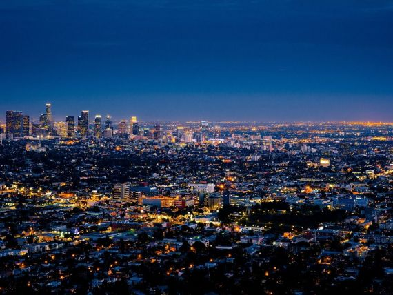 California, mai bogată ca Marea Britanie. Economia statului care găzduiește Hollywoodul și Silicon Valley a devenit a cincea cea mai mare din lume