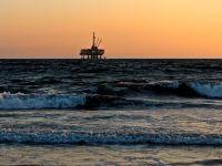 Giganți petrolieri mondiali vor să scoată gazele din Marea Neagră, alături de Romgaz