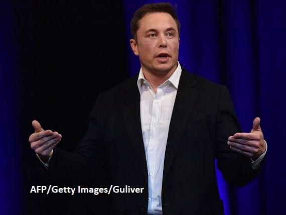 Elon Musk anunță versiunea 4X4 a automobilului Model 3, cu două motoare. Producția începe în iulie