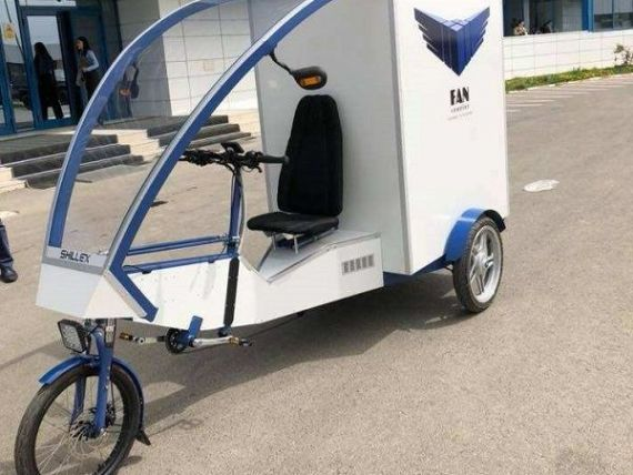 FAN Courier livrează colete cu cargobike-ul electric. Prototipul, aflat în faza de omologare, este produs la Fălticeni de un inginer român