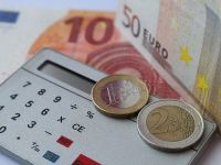 Previziuni pesimiste. Economiștii estimează că inflația se va menține peste 4%, iar euro va depăși un nou prag psihologic