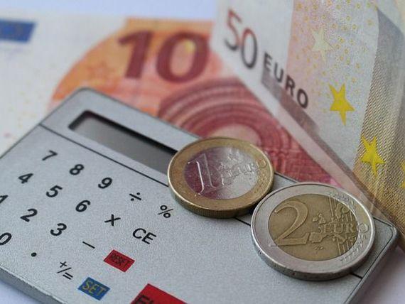 România mănâncă tot mai mult din import. Deficitul balanței comerciale la cinci luni a depășit 6,5 mld. euro, în creștere cu 1,5 mld. euro