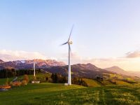 Micii producători vor putea să introducă în rețea energia regenerabilă produsă și să compenseze factura emisă de furnizor, la 10 ani de la aprobarea legii