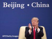 """În plin război comercial cu Beijingul, Donald Trump se pregătește pentru alegerile din 2020 cu steaguri """"Made in China"""""""