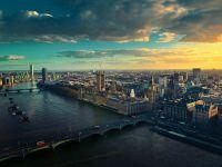 Brexitul dărâmă economia Marii Britanii și o bagă în recesiune. Anunțul făcut de Fitch Ratings